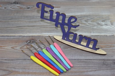 Крючки с цветной ручкой (пластик)
