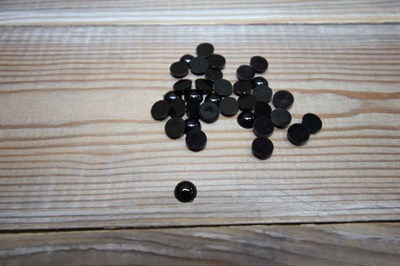 Глазки клеевые 8 мм черный