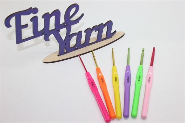 Крючки цветные пластик - фото 17605